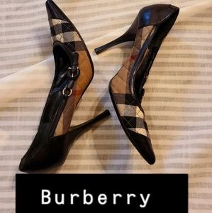 💝Authentic Burberry heels